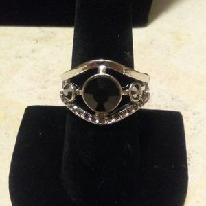 4/$15 Paparazzi Black stone ring with cz's